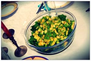 Avocado und Romanasalat