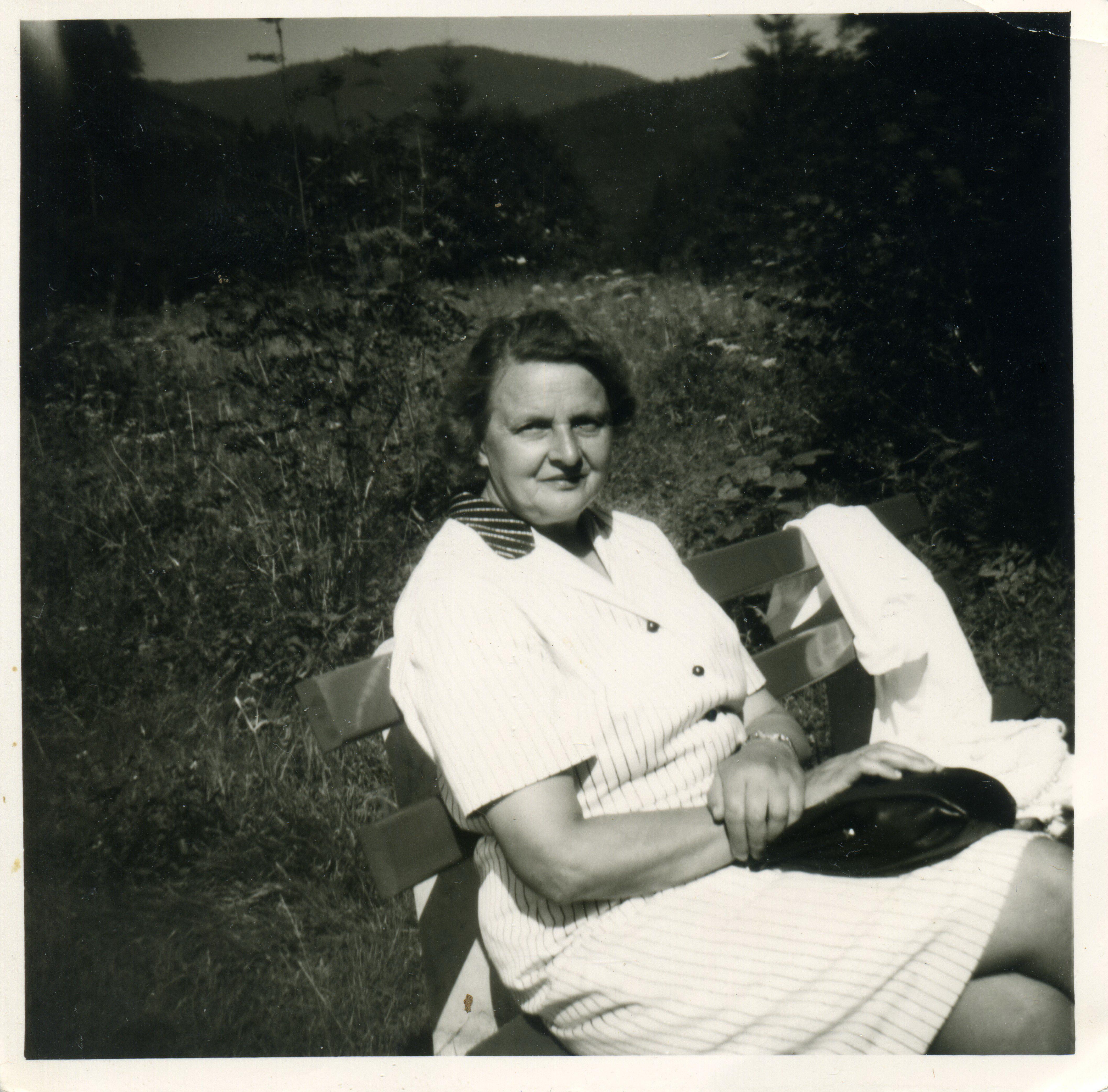 Großmutter Viktor Glass
